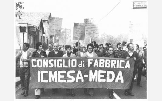 Manifestazione per la bonifica della zona inquinata dalla fabbrica Icmesa_1976