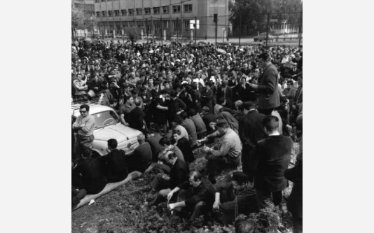 Sciopero dei lavoratori della Magneti Marelli - Antonio Pizzinato al microfono_1968