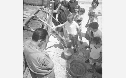 Loconsolo_1965 Gargano, distribuzione dell'acqua_003.jpg