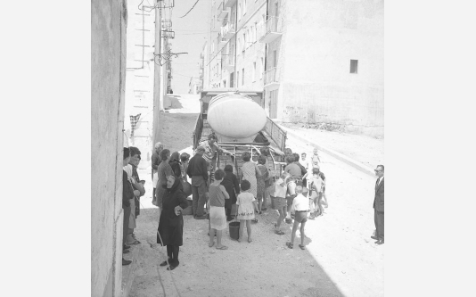 Loconsolo_1965 Gargano, distribuzione dell'acqua_006.jpg