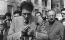 Manifestazione del primo maggio - Luciano Lama accende la pipa_1976